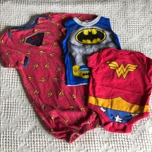 Batman 0-3m tank & Superman infant sleeper 0-6m